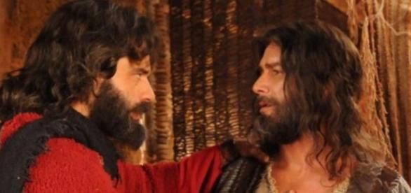 Moisés e Arão não poderão mais conduzir os hebreus
