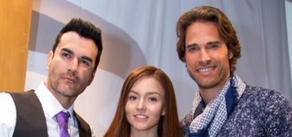 Angelique Boyer esteve no ar em diversas novelas no SBT (Divulgação)