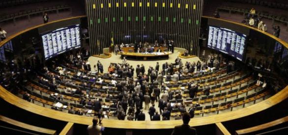 Congresso aprova projetos que vão impactar em mais de 50 bilhões de reais na economia