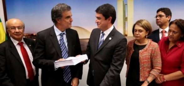 José Edurardo Cardozo diz que finalidade do impeachment era esvaziar Lava Jato