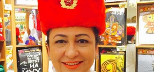 Kátia Abreu usou chapéu comunista