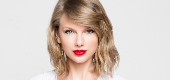 Taylor Swift im April 2016: strahlend schön und sehr ernst