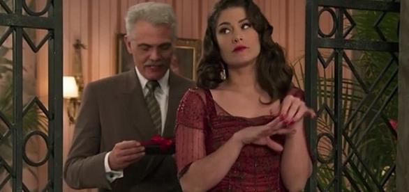 Diana e Braz finalmente consegue roubar a casa de Severo