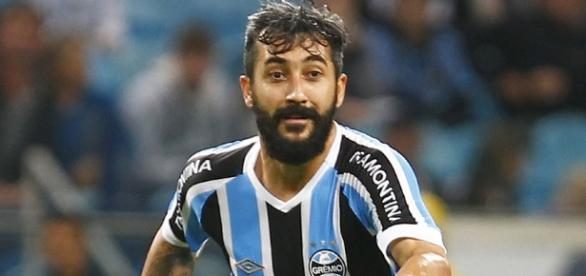 Douglas foi importante na vitória do Grêmio sobre o Cruzeiro