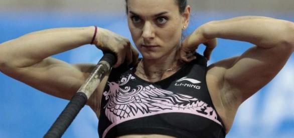 La pertiguista Yelena Isinbáyeva ha descartado la posibilidad de competir en los JJOO bajo la bandera del Comité Olímpico Internacional