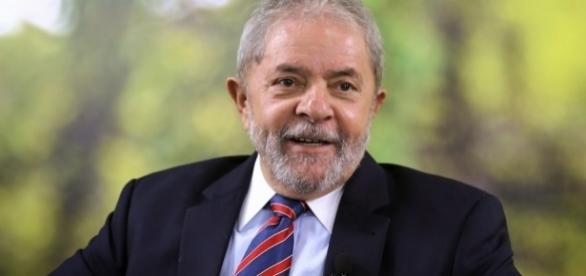 O fracasso da Oi por dar privilégios a Lula