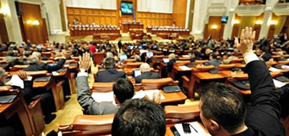 101 senatori au votat pentru acest proiect