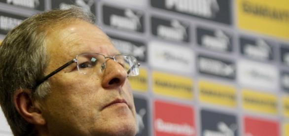Carlos Eduardo Pereira rebate ex-dirigentes