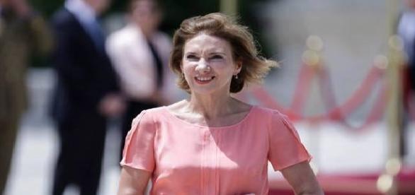 Carmen Iohannis cu o rochiță transparentă la un eveniment oficial