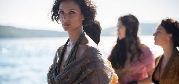 Elaria Sand e as serpentes de areia. (Imagem: HBO)
