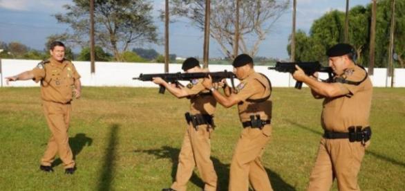 Polícia compra fuzis com dinheiro arrecadado pela população