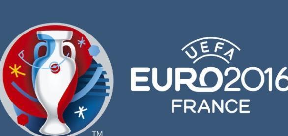 A Cróacia venceu a Espanha por 2 a 1 e garantiu o primeiro lugar do Grupo D