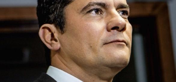 Ministro da Justiça do governo Temer, Alexandre de Moraes, se encontrou com o juiz federal Sérgio Moro em Curitiba.