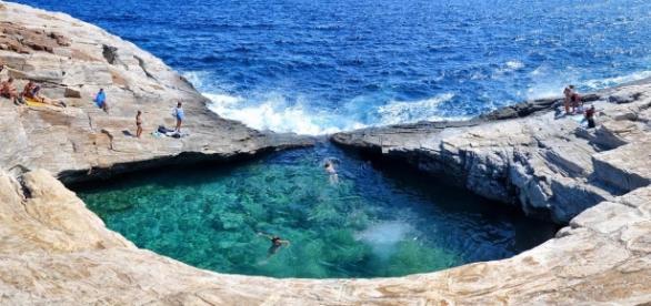 Piscina natural de Giolas, na ilha grega de Thassos