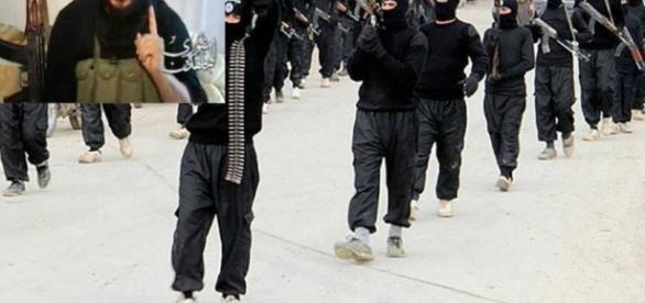Soldados do Estado Islâmico marcham na Síria, em foto de 2014.