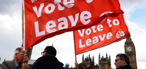 Tabăra BREXIT a câștigat. Marea Britanie iese din UE