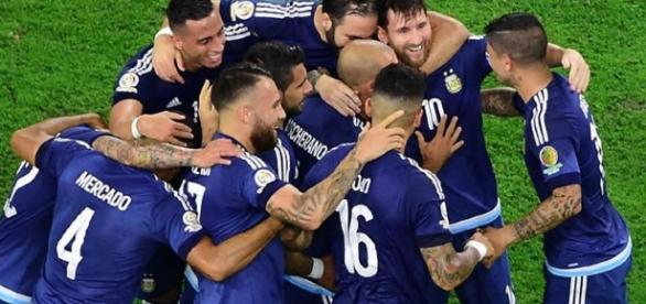 Argentina buscará el próximo domingo cortar la racha de 23 años sin títulos con la disputa de la final de la Copa América Centenario