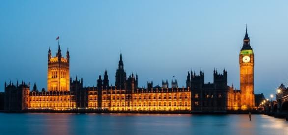 Em Londres é proibido morrer nas Casas do Parlamento