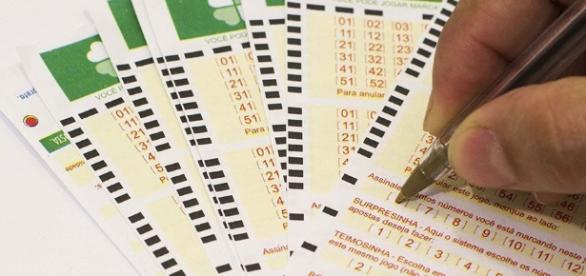 Mega-Sena 1830: beja os números sorteados