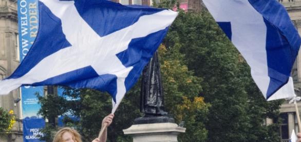 I cittadini scozzesi vogliono restare nell'Unione Europea