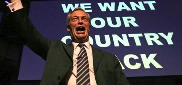 Nigel Farage, un extremist antiimigranți în sfârșit fericit