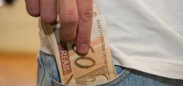 Pagamento do PIS 2015/2016 deve beneficiar quase 2 milhões de trabalhadores