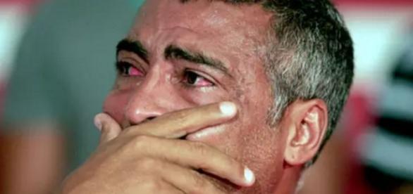 Romário Farias chora - Foto/Reprodução