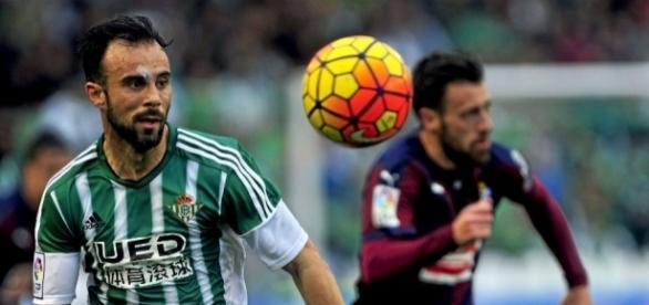 Betis: Molinero, el segundo que confirma su adiós al Betis   Marca.com - marca.com