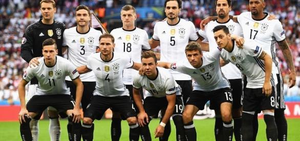 Alemanha avança para as quartas-de-final da Eurocopa 2016