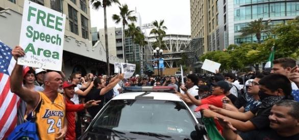 Cresce violência na corrida presidencial dos EUA