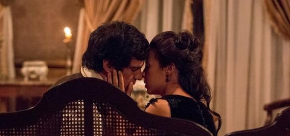 Rubião e Joaquina voltam a ficar próximos na novela