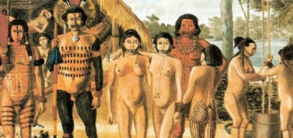 Estudos apontam que a homossexualidade era praticada em tribos no Brasil antes da chegada dos portugueses.