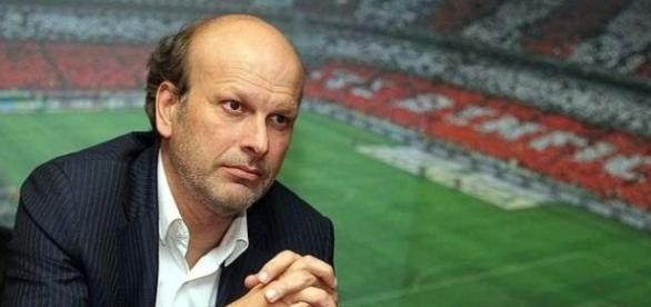 João Gabriel abandonou o cargo de director de comunicação do Benfica esta semana
