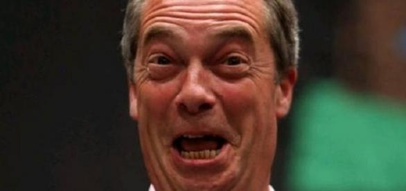 Nigel Farage a facut circ in Parlamentul European