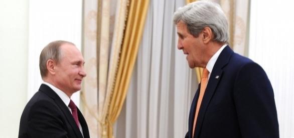 Vladimir Putin și John Kerry întâlnire diplomatică pentru aplanarea tensiunilor dintre cele două țări