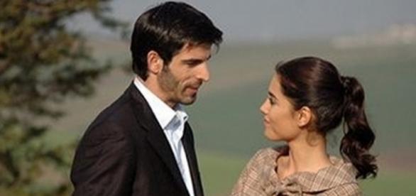 Boran e Sila, protagonistas da novela turca