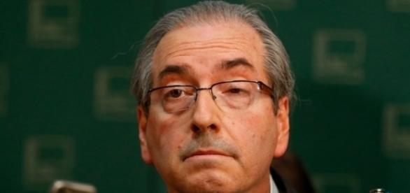 Cunha considera deixar cargo desde que possa escolher seu sucessor