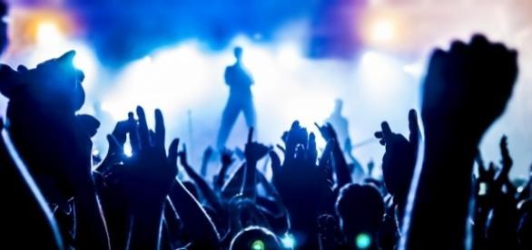Devriez-Vous Signer avec un Label ou Rester Indépendant ... - marketingmusical.fr