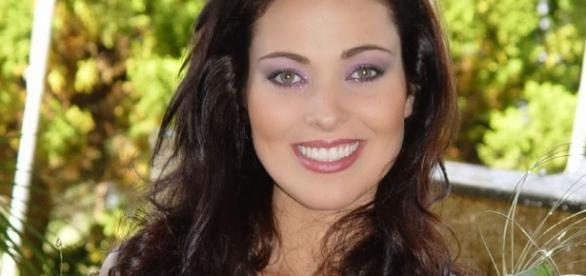 Miss Brasil 2004 é encontrada morta em sua residência