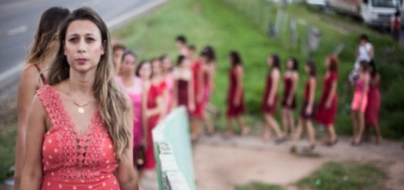 Foto divulgada da performance 'Entre Saltos' do Coletivo Pi