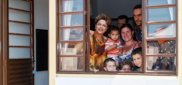 Segundo ministro, Dilma passou cheque sem fundo no Minha Casa Minha Vida