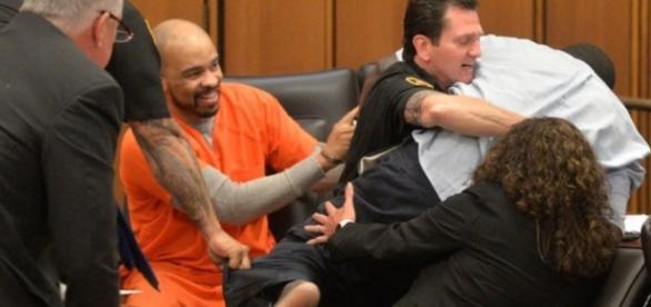 Serial Killer e pai de mulher assassinada - Agência AP