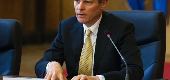 Dacian Ciolos prezinta trei variante ale reformei statutului ... - hotnews.ro