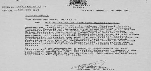 Documento original sobre nave acidentada (Foto: CIB)