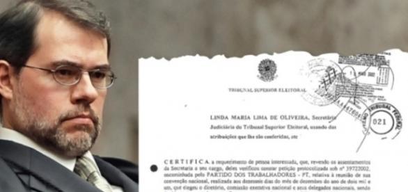 Foi advogado do PT nas campanhas do presidente Luiz Inácio Lula da Silva em 1998, 2002 e 2006