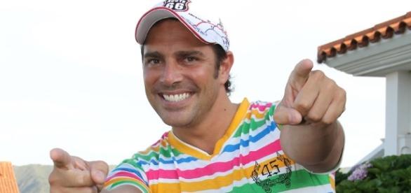 Matías Alé tuvo un nuevo brote psicótico y atacó a su hermano con ... - misionesonline.net