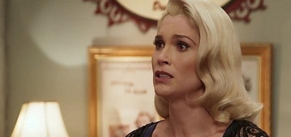 Sandra se apavora ao saber que Celso foi atropelado no lugar de Maria