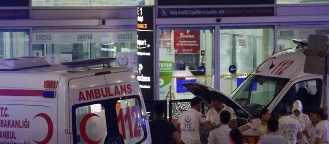Jóvenes sevillanas presencian el terrible atentado terrorista en el aeropuerto de Estambul