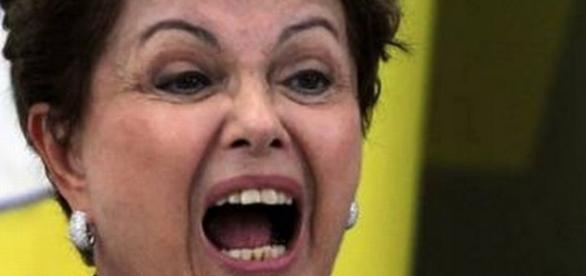 Dilma Rousseff sofreu corte de recursos em cartão de suprimentos