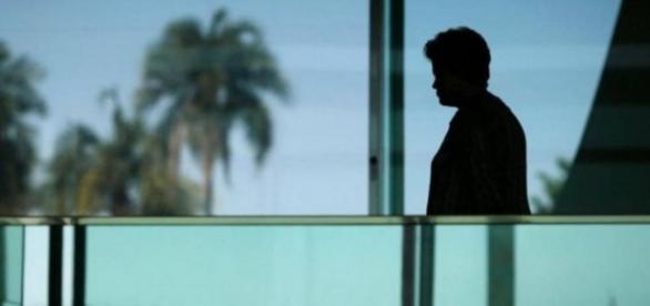 Dilma Rousseff tem equipe grande à sua disposição